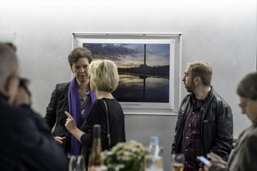 Unser Preisträger Carsten Deckert vor seinem Siegerbild